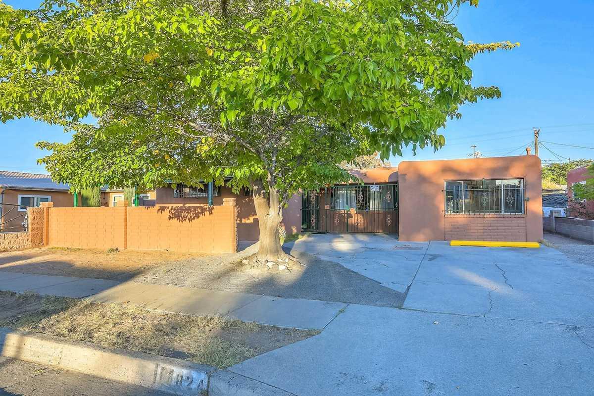$219,900 - 4Br/2Ba -  for Sale in Albuquerque