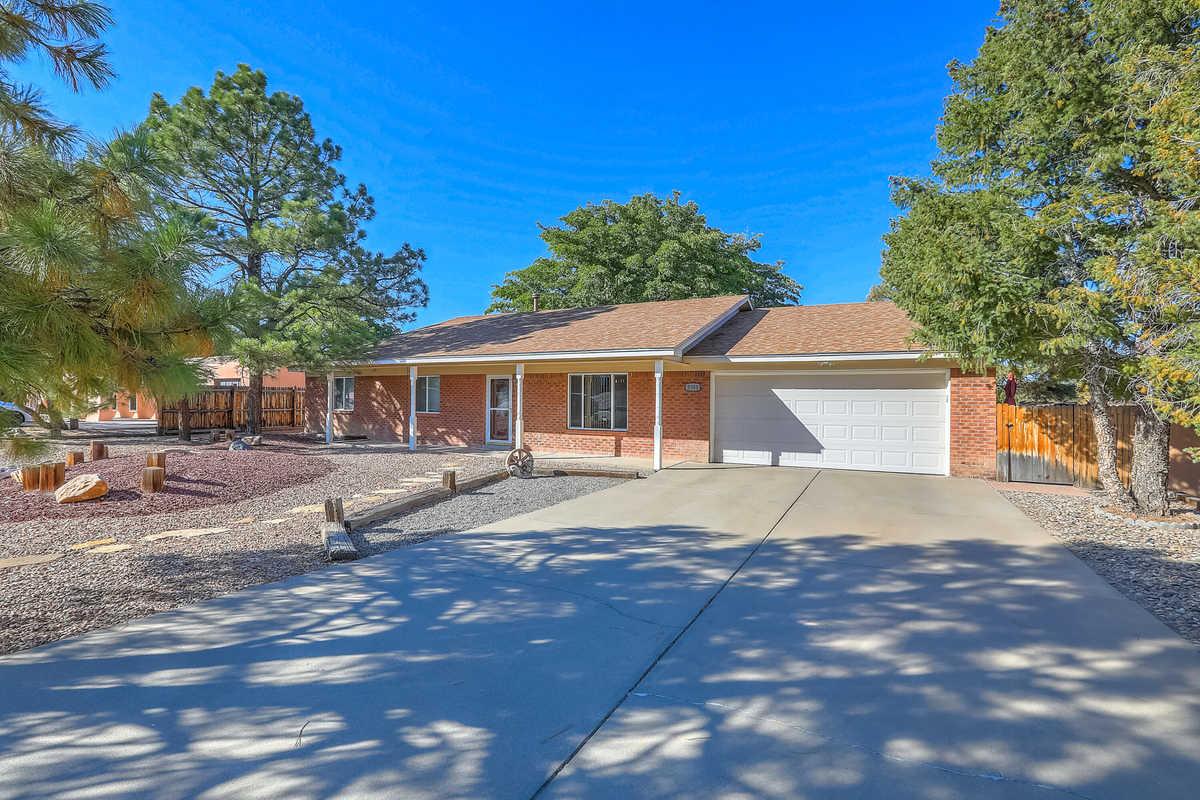 $350,000 - 3Br/2Ba -  for Sale in Albuquerque