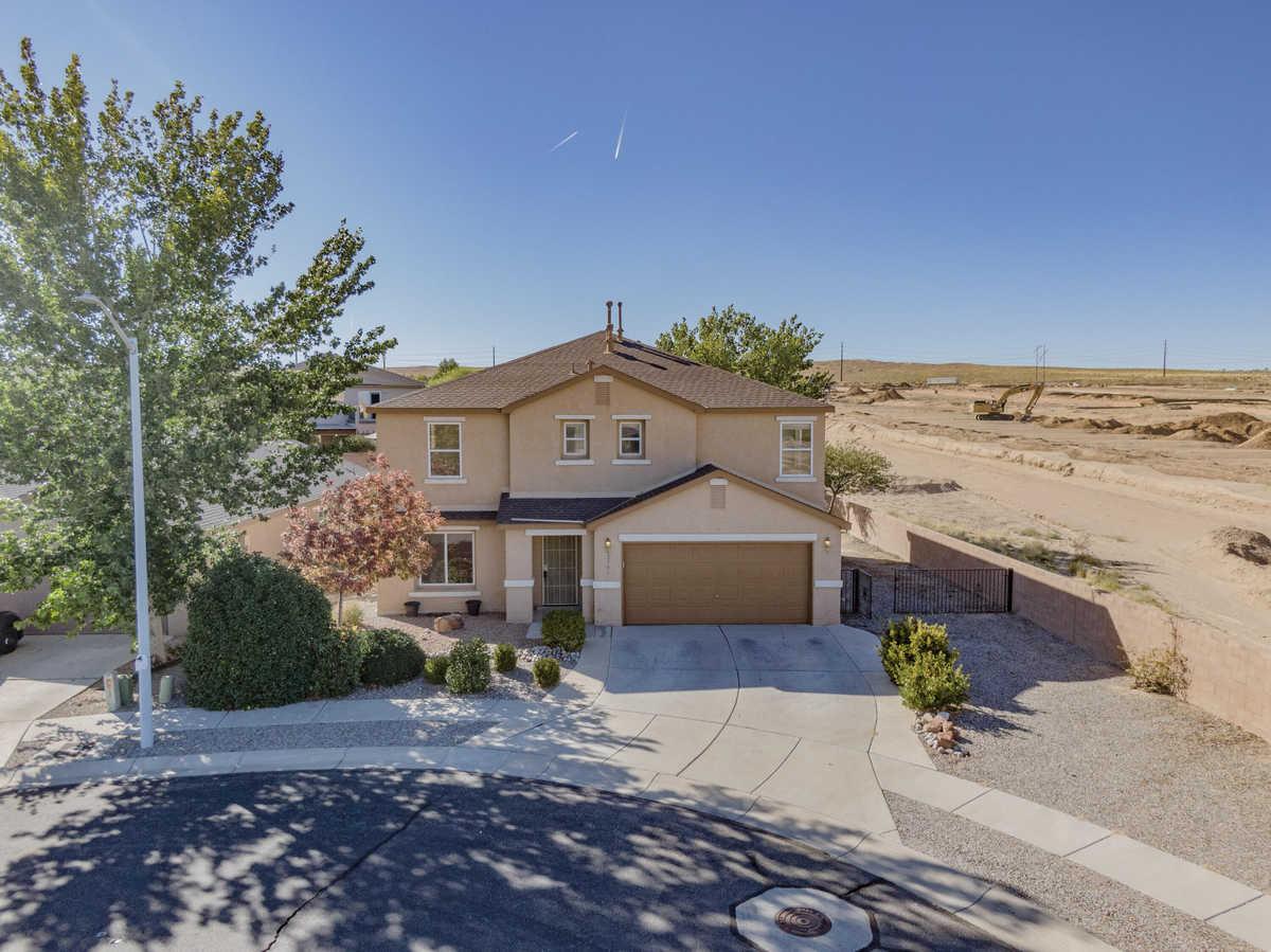 $299,750 - 4Br/3Ba -  for Sale in Albuquerque