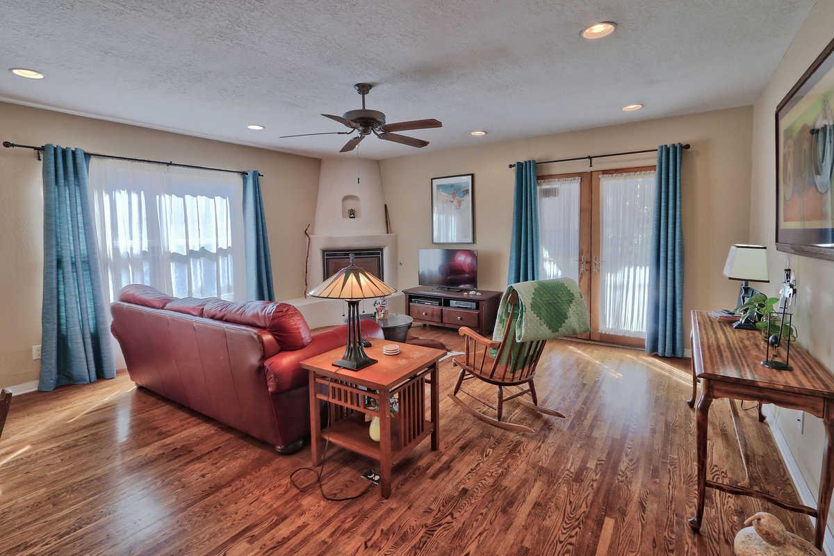$364,000 - 3Br/2Ba -  for Sale in Albuquerque