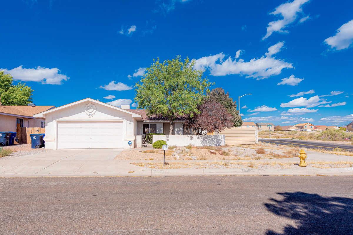$215,000 - 4Br/2Ba -  for Sale in Albuquerque