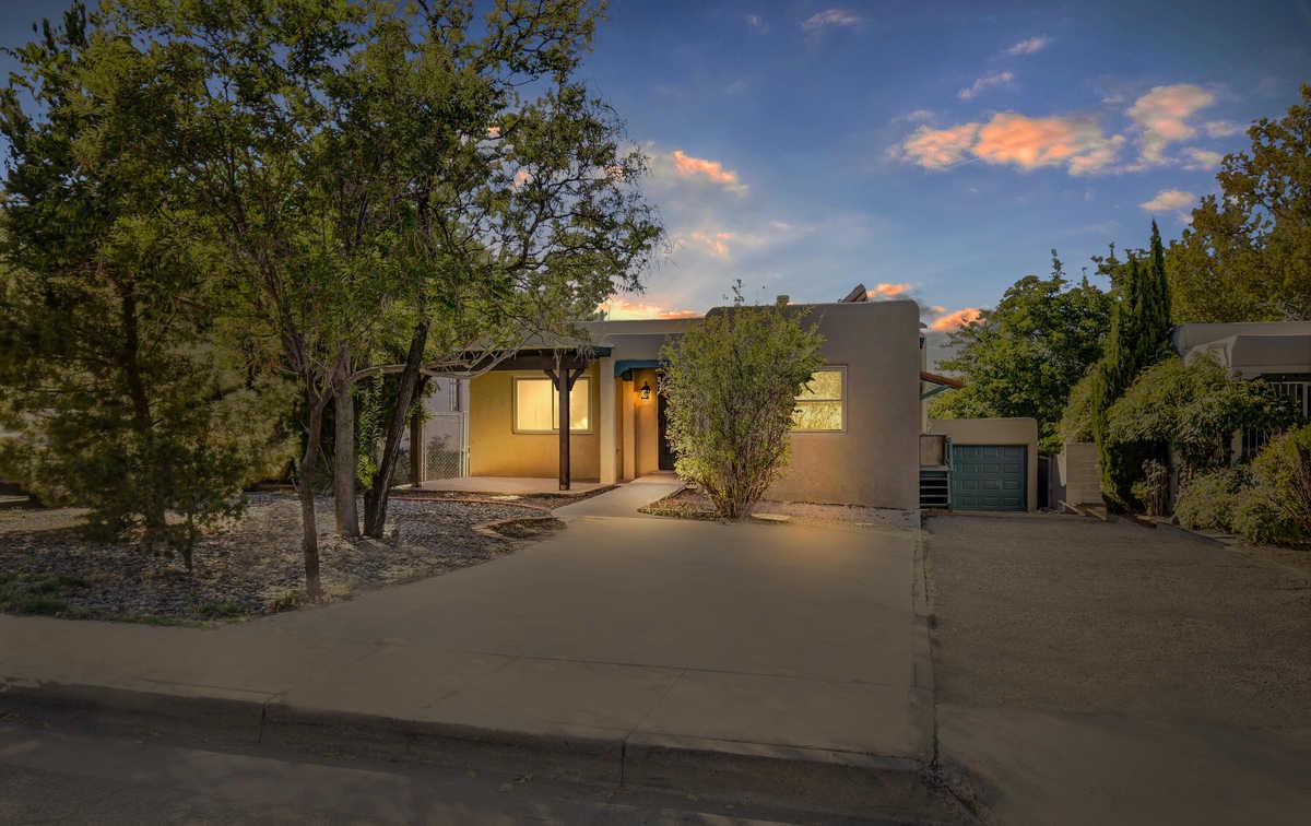 $625,000 - 5Br/4Ba -  for Sale in Albuquerque