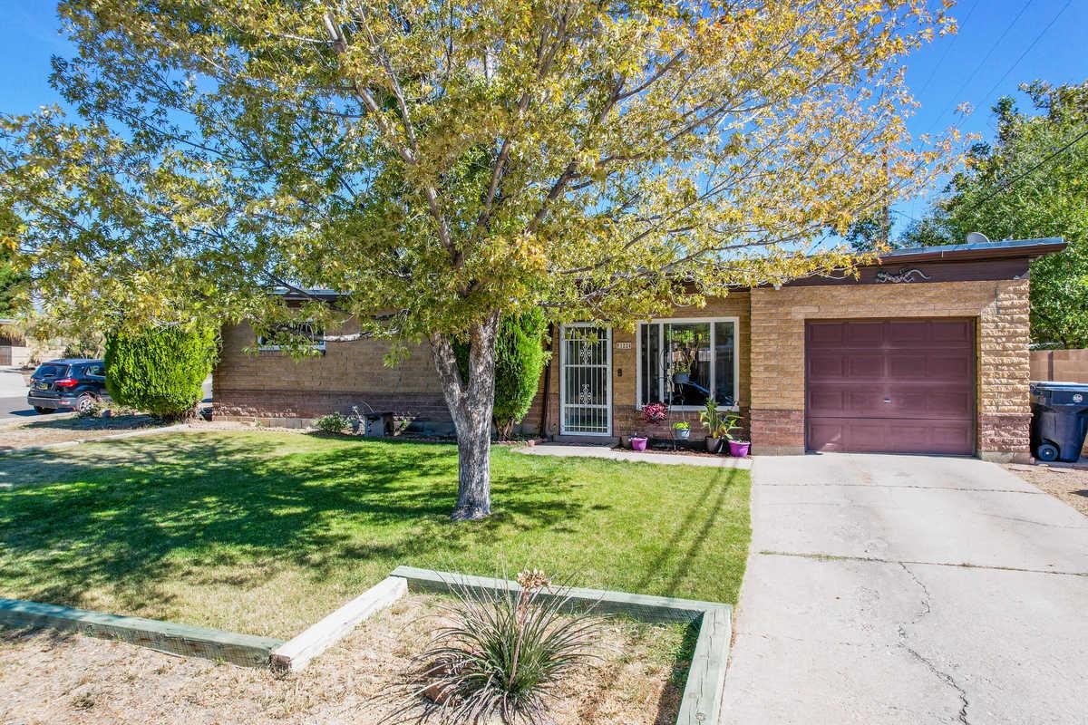$184,900 - 3Br/1Ba -  for Sale in Albuquerque