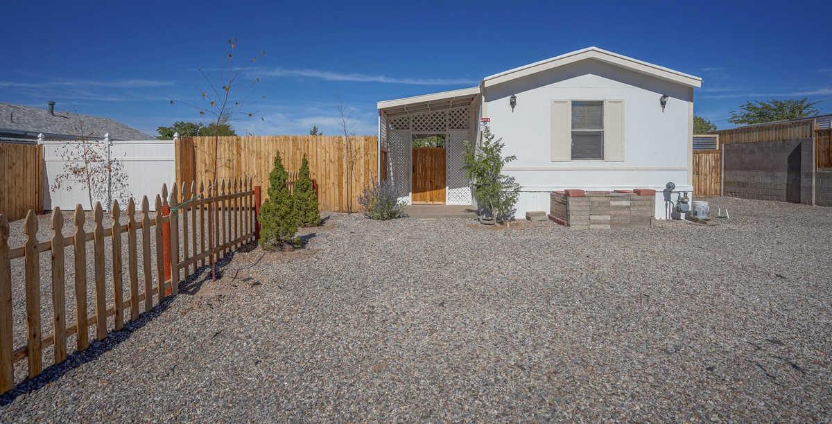 $160,000 - 2Br/2Ba -  for Sale in Albuquerque