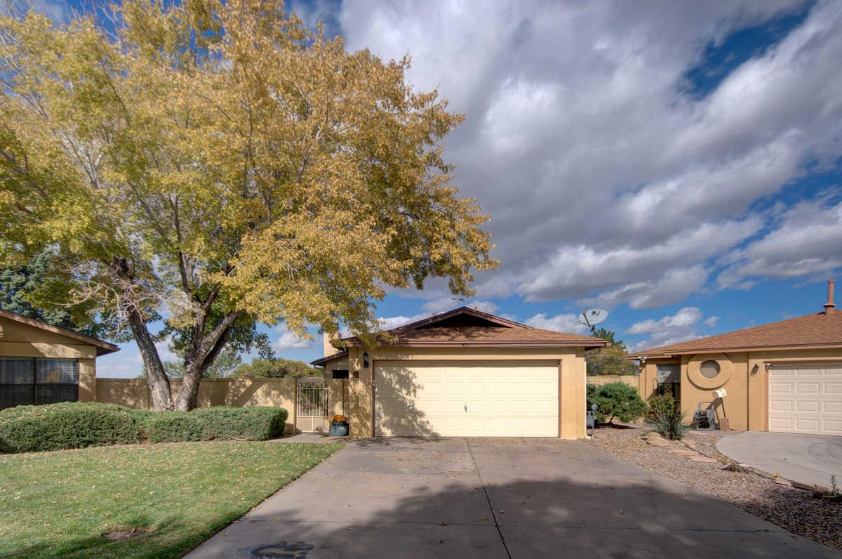 $220,000 - 2Br/2Ba -  for Sale in Towne Park, Albuquerque