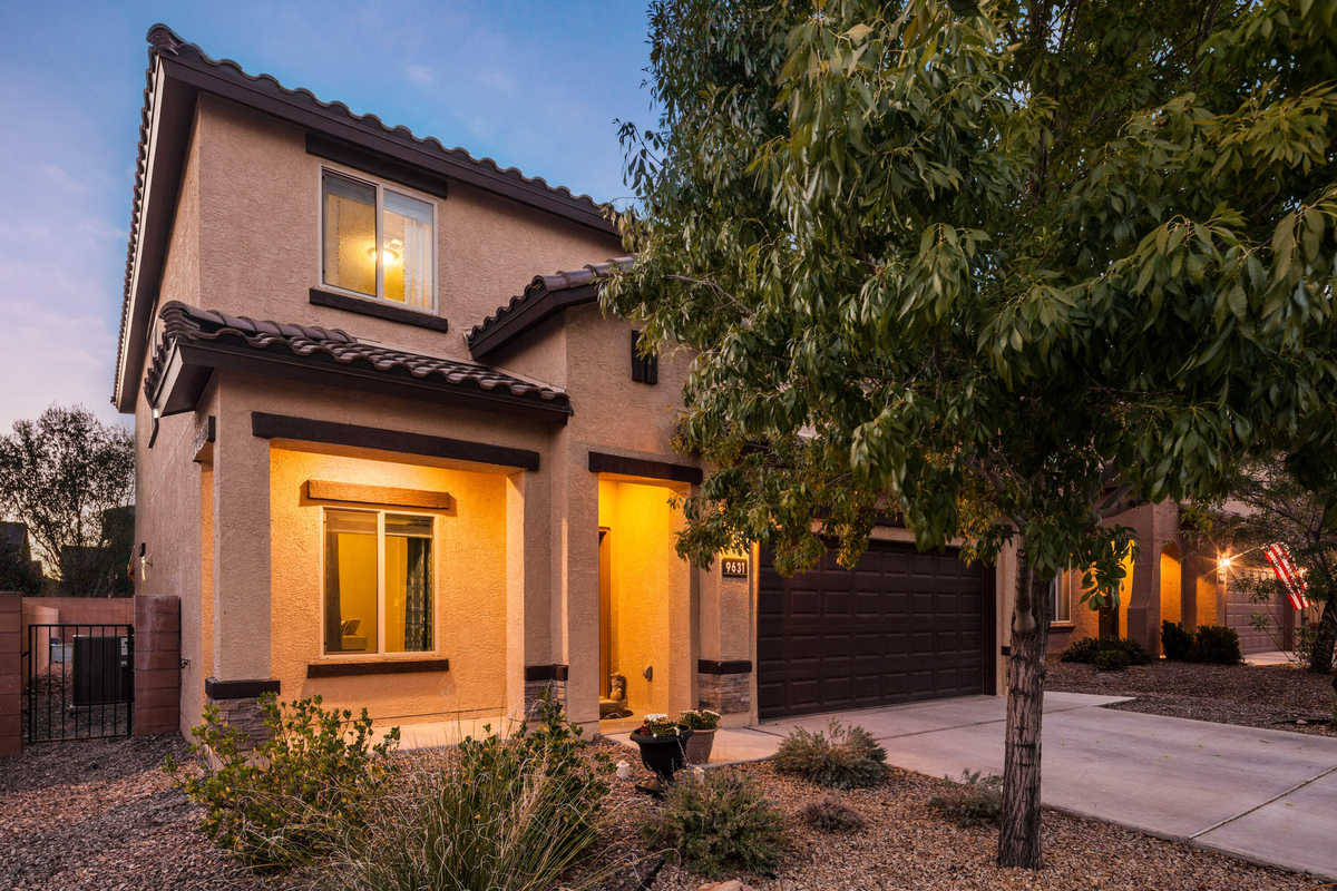 $375,000 - 4Br/3Ba -  for Sale in The Boulders, Albuquerque