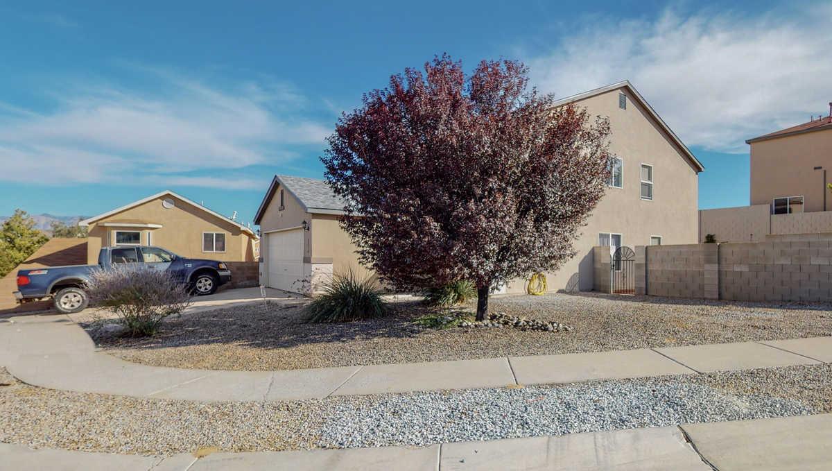 $289,000 - 3Br/3Ba -  for Sale in Albuquerque