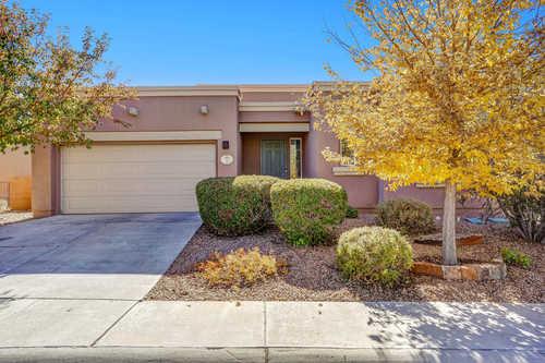 $485,000 - 3Br/2Ba -  for Sale in La Entrada Sub, Santa Fe