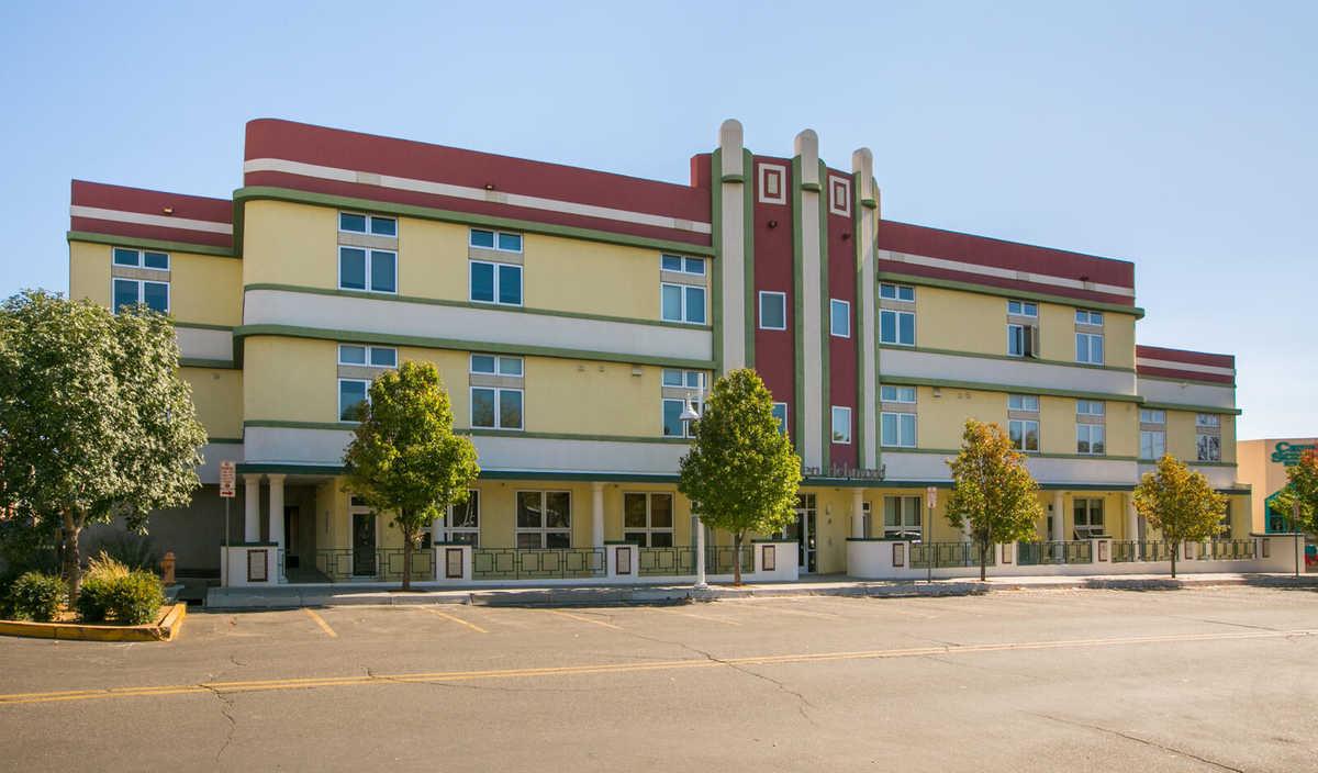$230,000 - 1Br/1Ba -  for Sale in 110 Richmond Condominium, Albuquerque