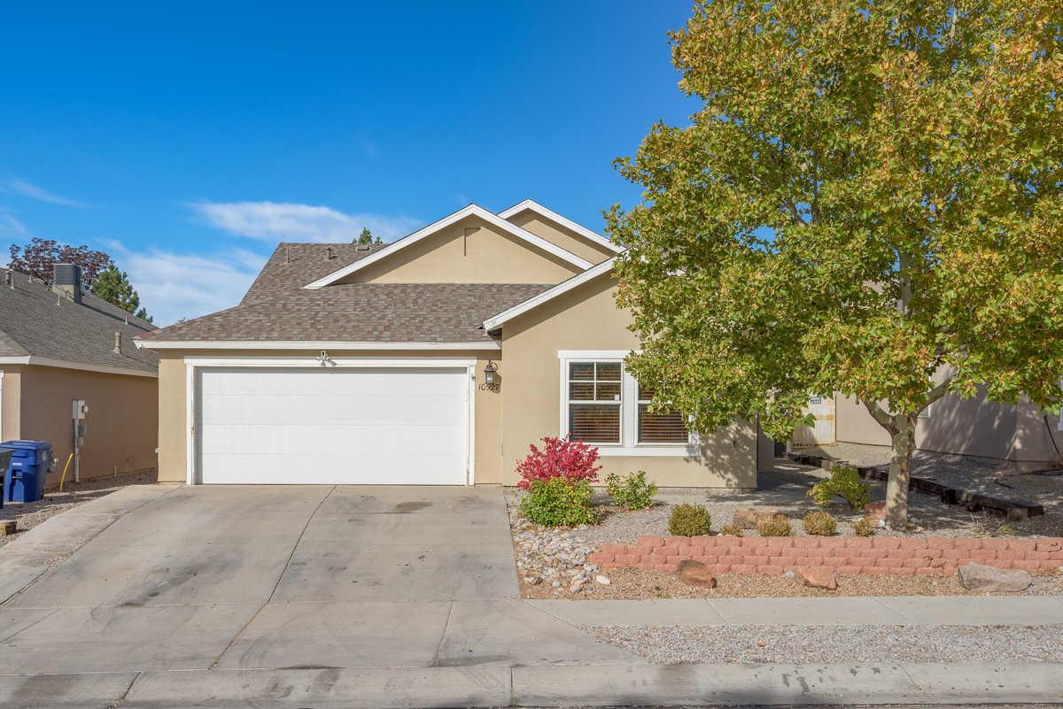 $245,000 - 3Br/2Ba -  for Sale in Albuquerque