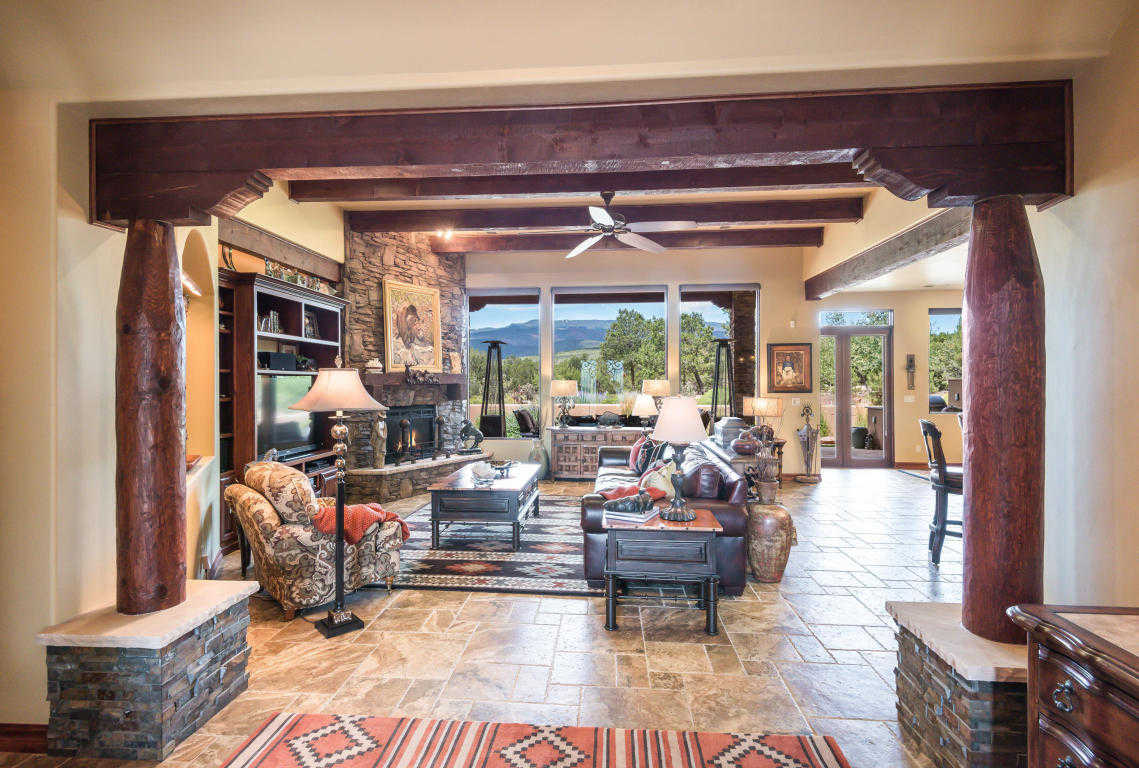 $1,100,000 - 3Br/4Ba -  for Sale in Paako, Sandia Park