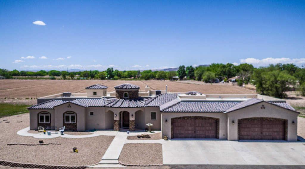 $585,000 - 4Br/4Ba -  for Sale in La Vida Suerte Country Estates, Los Lunas