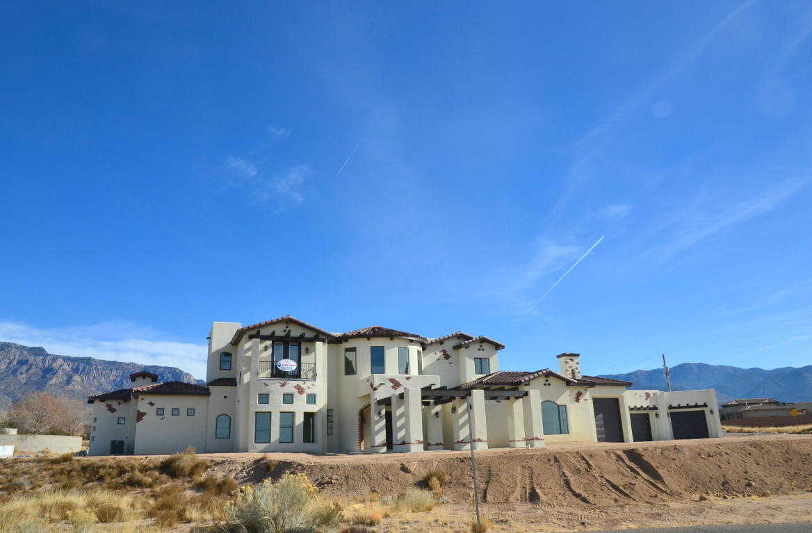 $1,495,000 - 5Br/5Ba -  for Sale in North Albuquerque Acres 02 Un, Albuquerque