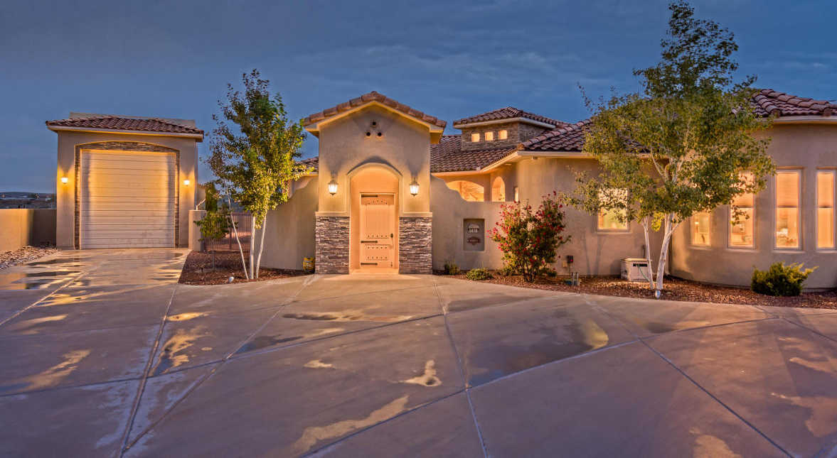 $625,000 - 3Br/3Ba -  for Sale in Rio Rancho Estates, Rio Rancho