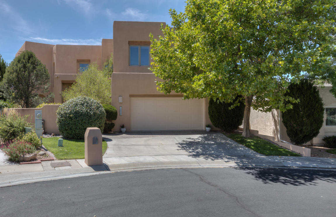 $539,900 - 4Br/3Ba -  for Sale in Kingswood At Tanoan Sub, Albuquerque