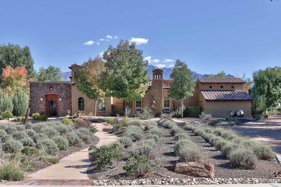 $978,000 - 3Br/3Ba -  for Sale in Bosque Encantado De C De Baca, Bernalillo