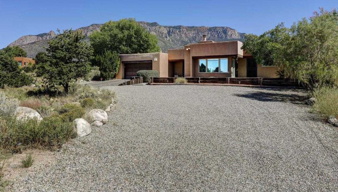 $590,000 - 4Br/3Ba -  for Sale in Sandia Heights, Albuquerque