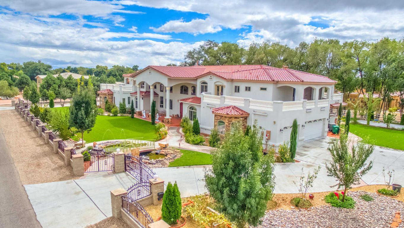 $1,600,000 - 9Br/8Ba -  for Sale in Riverfronte Estates, Albuquerque