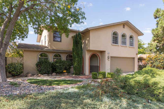 $555,000 - 4Br/3Ba -  for Sale in Altura Add, Albuquerque
