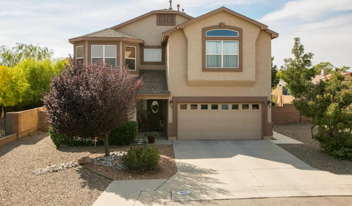 $247,000 - 4Br/4Ba -  for Sale in Elegante/el Rho Grande, Albuquerque