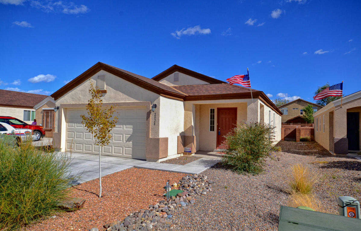 $155,000 - 3Br/2Ba -  for Sale in Arrowwood Hills Un 01 02 Corre, Albuquerque
