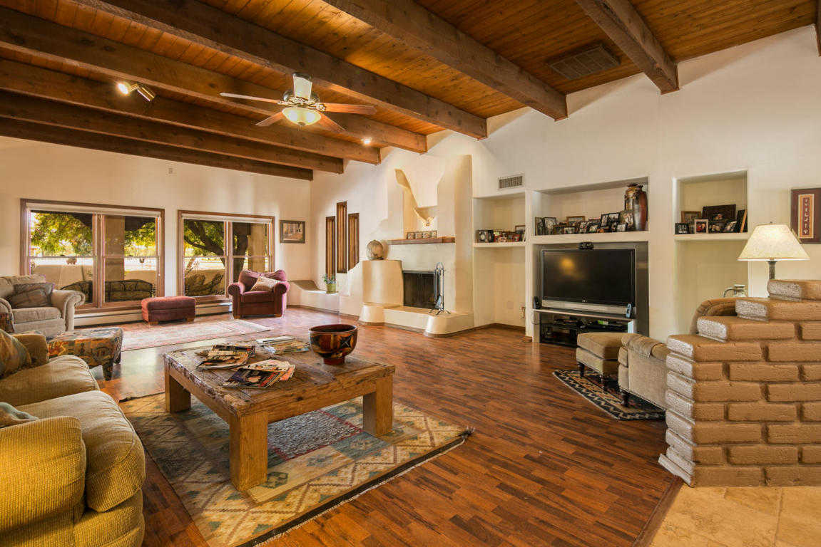 $699,000 - 4Br/3Ba -  for Sale in Land Of Don Driggers, Los Lunas
