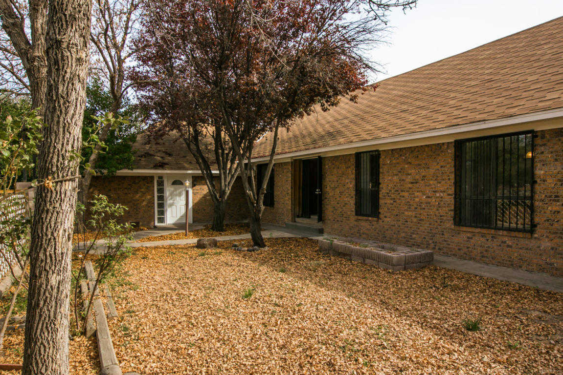 $739,000 - 4Br/3Ba -  for Sale in Land/grover Ross, Albuquerque
