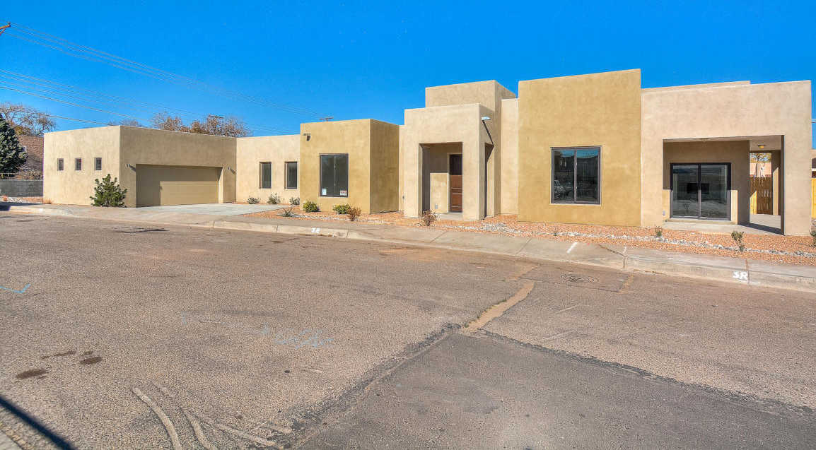 $575,000 - 4Br/2Ba -  for Sale in Contreras Add, Albuquerque