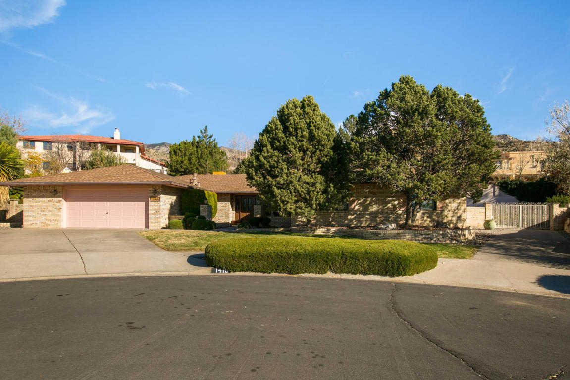 $429,900 - 4Br/3Ba -  for Sale in Vista Del Mundo Sub, Albuquerque