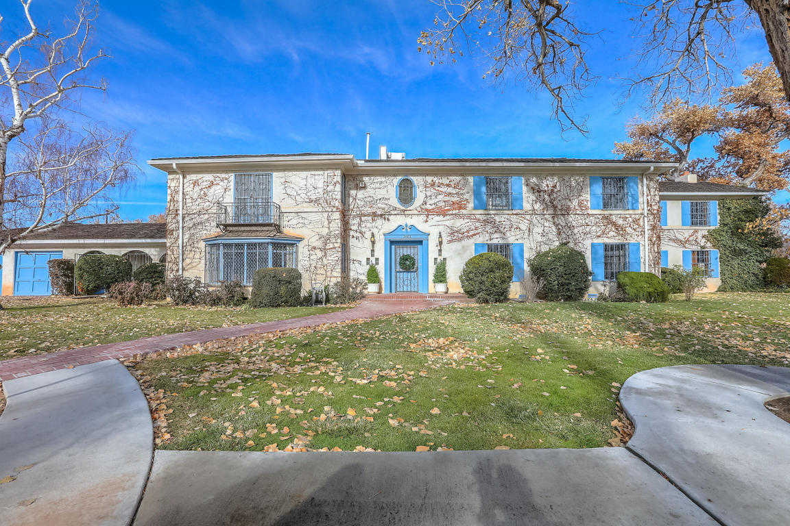$949,000 - 3Br/4Ba -  for Sale in Huning Castle Add, Albuquerque