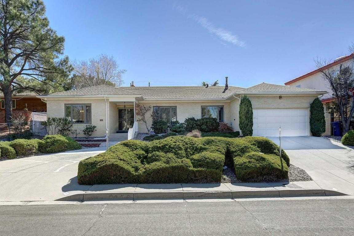 $517,000 - 4Br/3Ba -  for Sale in Smiths Sandia Hills, Albuquerque