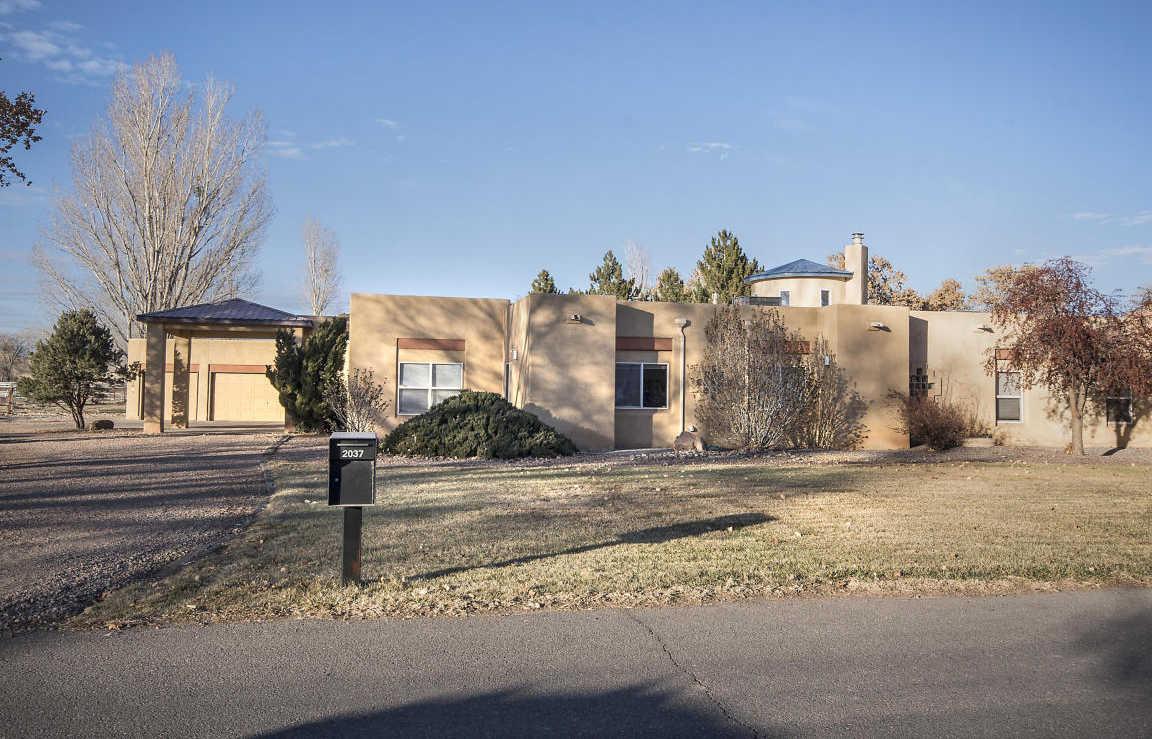 $749,900 - 5Br/4Ba -  for Sale in Cerca Del Rio A Sub, Albuquerque