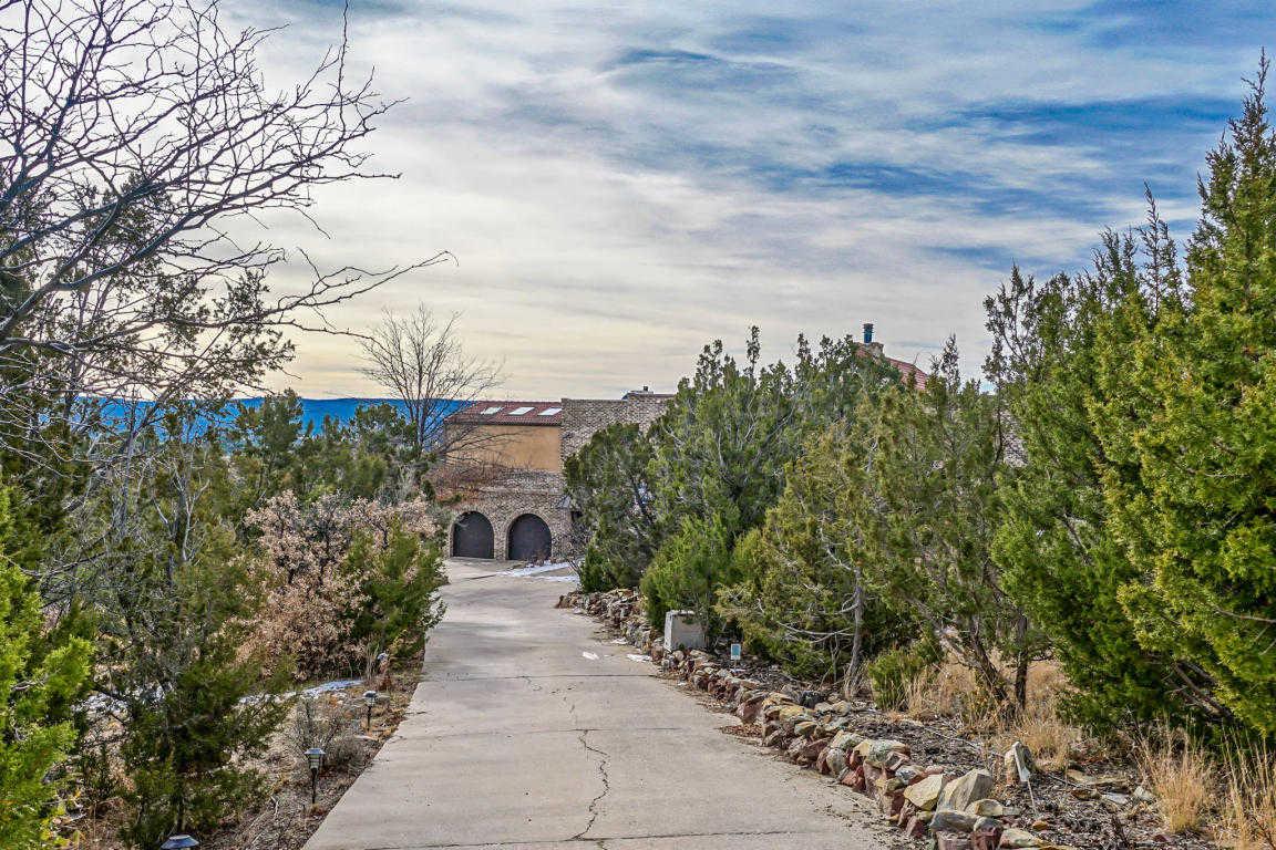 $649,900 - 4Br/4Ba -  for Sale in Amended Sierra Vista South Est, Cedar Crest