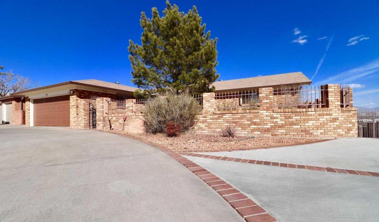 $390,000 - 5Br/5Ba -  for Sale in Palisades Park, Albuquerque