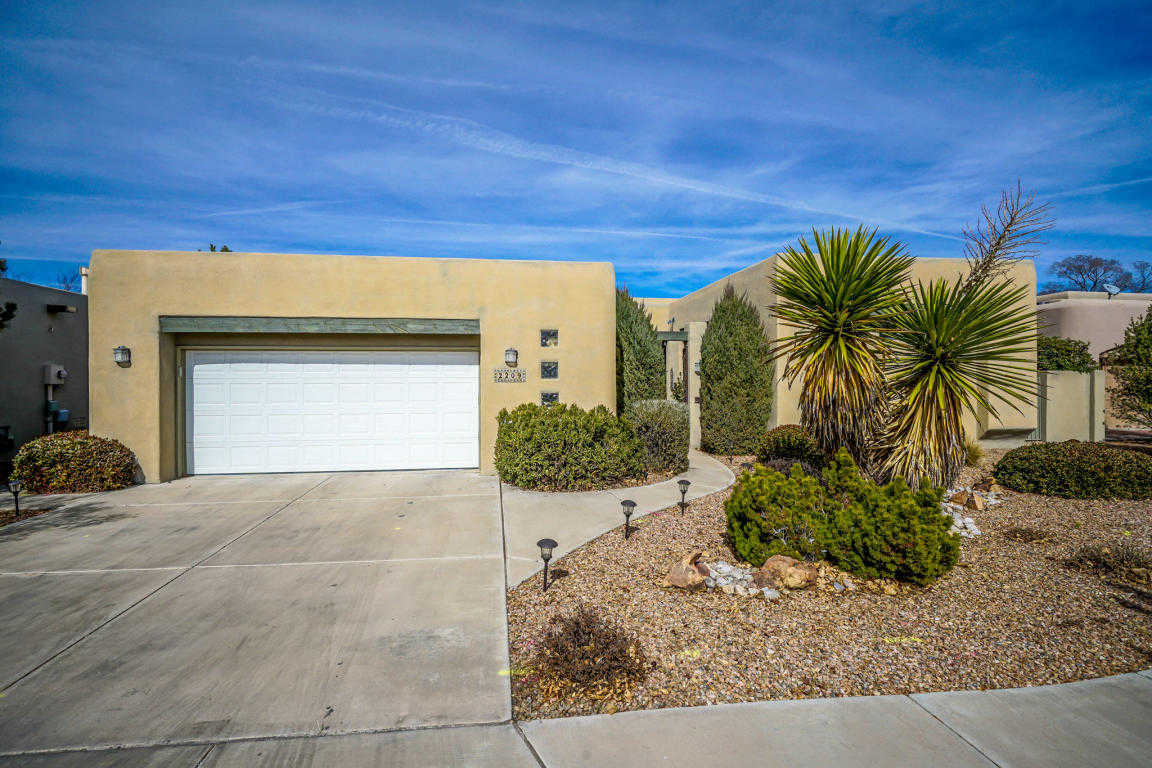 $499,500 - 3Br/2Ba -  for Sale in Meadows/rio Grande Un 02, Albuquerque