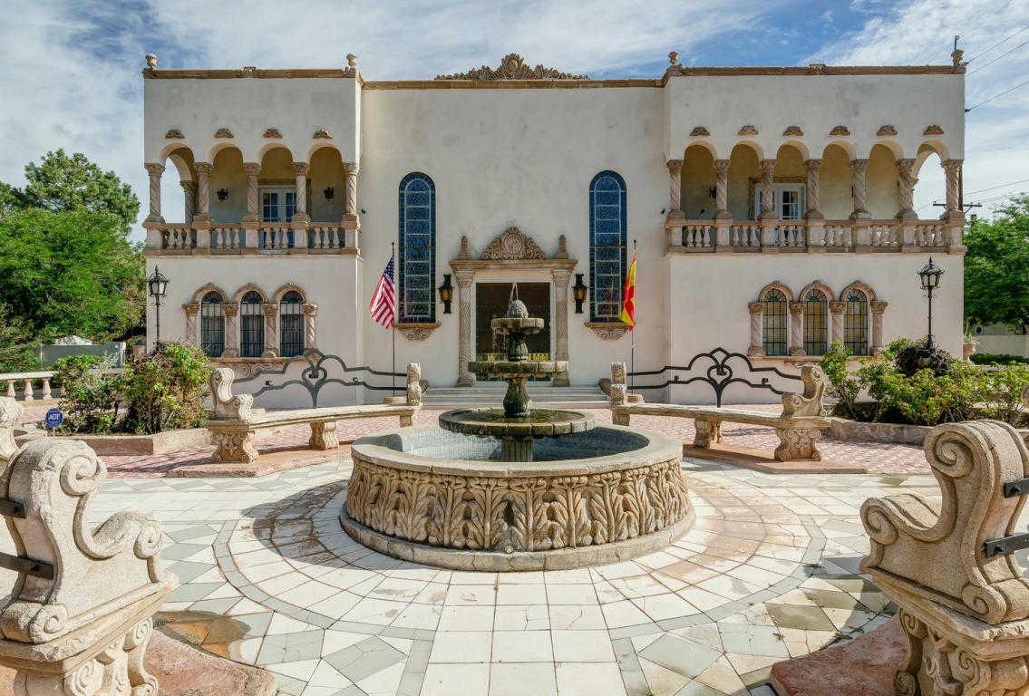 $1,085,000 - 5Br/4Ba -  for Sale in Monterey Hills, Albuquerque