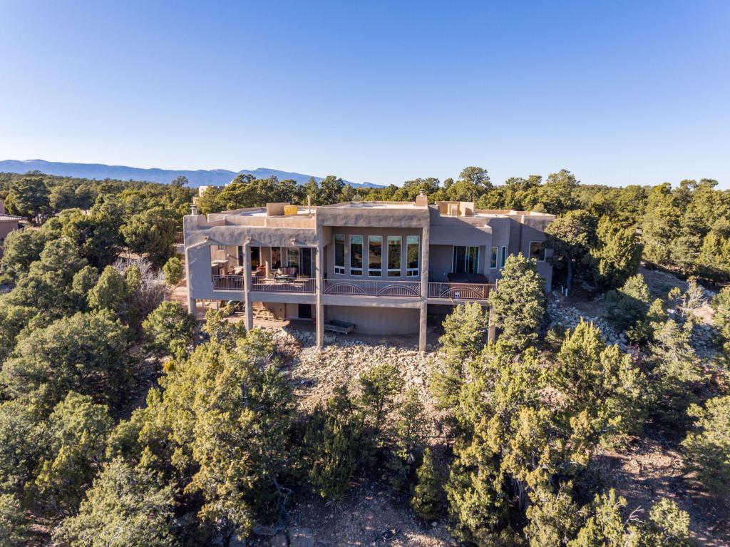 $550,000 - 4Br/3Ba -  for Sale in Rancho Verde Sub, Tijeras