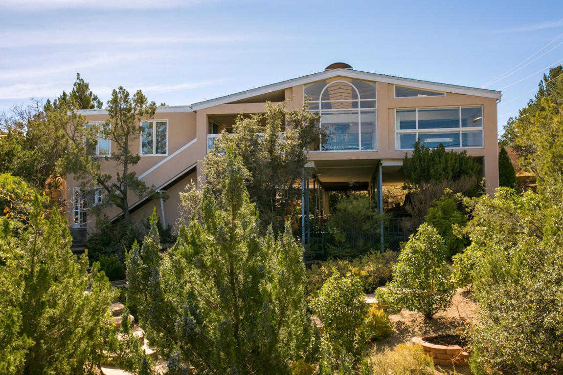 $550,000 - 4Br/5Ba -  for Sale in Four Hills Village 01 Instl, Albuquerque