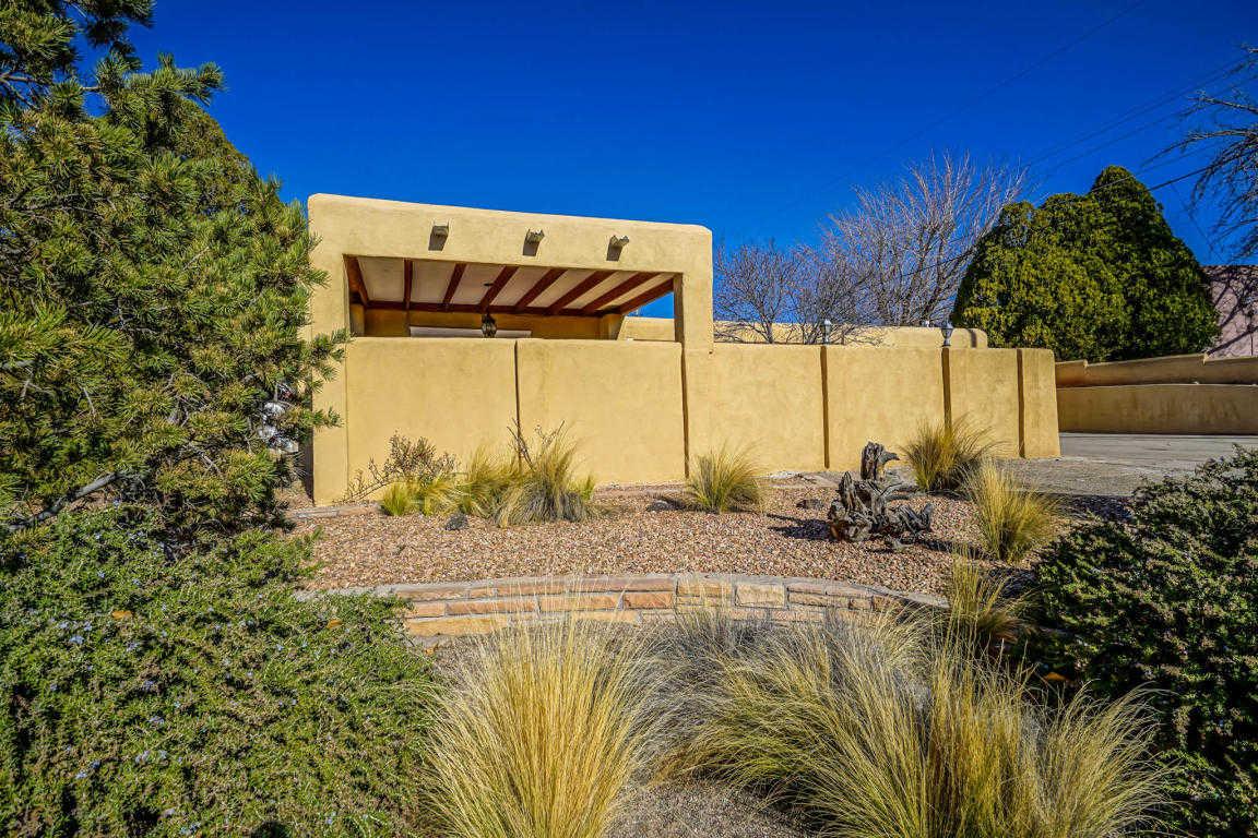 $495,000 - 4Br/3Ba -  for Sale in Ridge Park Add, Albuquerque