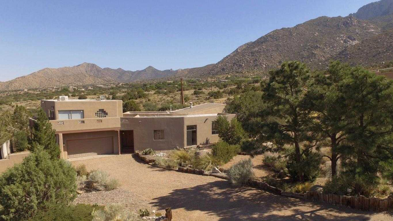 $695,000 - 4Br/3Ba -  for Sale in Sandia Heights, Albuquerque