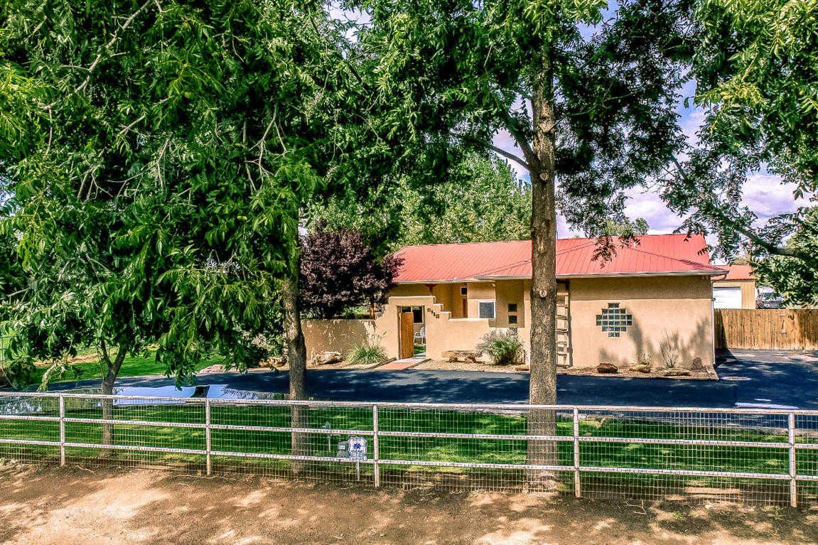 $469,000 - 3Br/2Ba -  for Sale in Valle Grande Add, Albuquerque