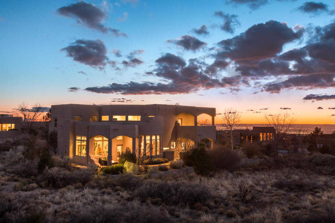 $1,000,000 - 4Br/5Ba -  for Sale in Overlook/high Desert, Albuquerque