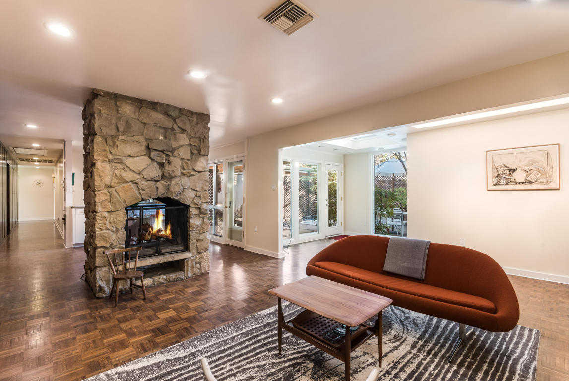 $958,000 - 5Br/5Ba -  for Sale in Mcduffie Place, Albuquerque