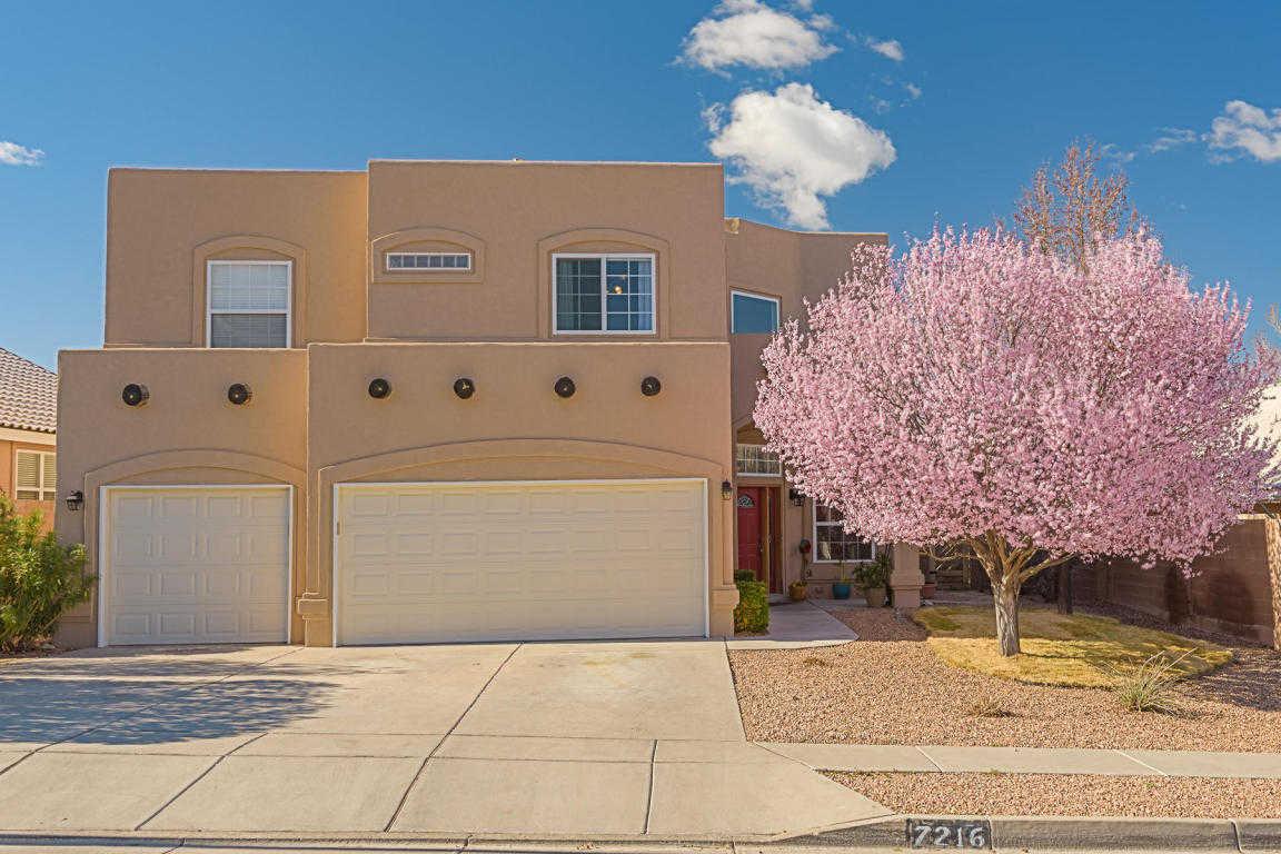 $500,000 - 4Br/3Ba -  for Sale in Desert Ridge Trails Sub, Albuquerque