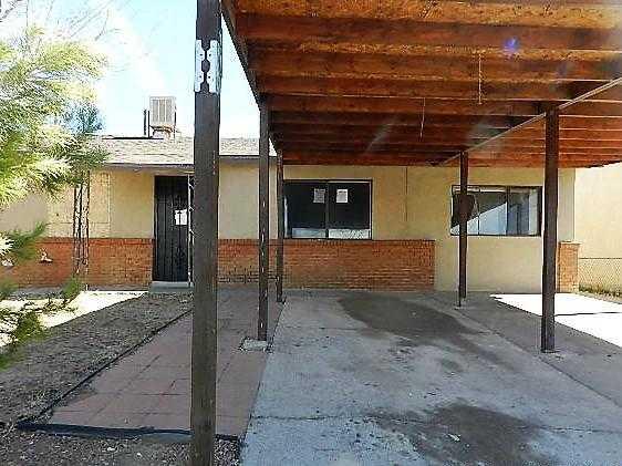 $95,000 - 3Br/2Ba -  for Sale in Valencia Village, Albuquerque