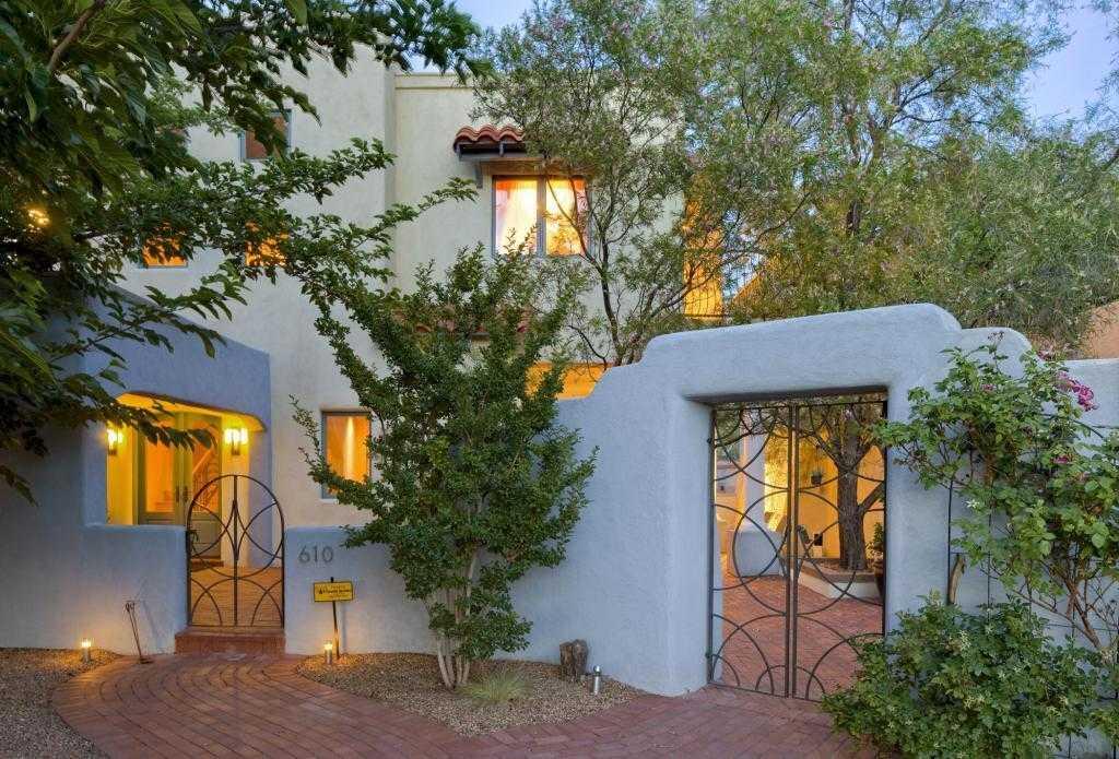 $650,000 - 5Br/3Ba -  for Sale in Monte Vista Add, Albuquerque