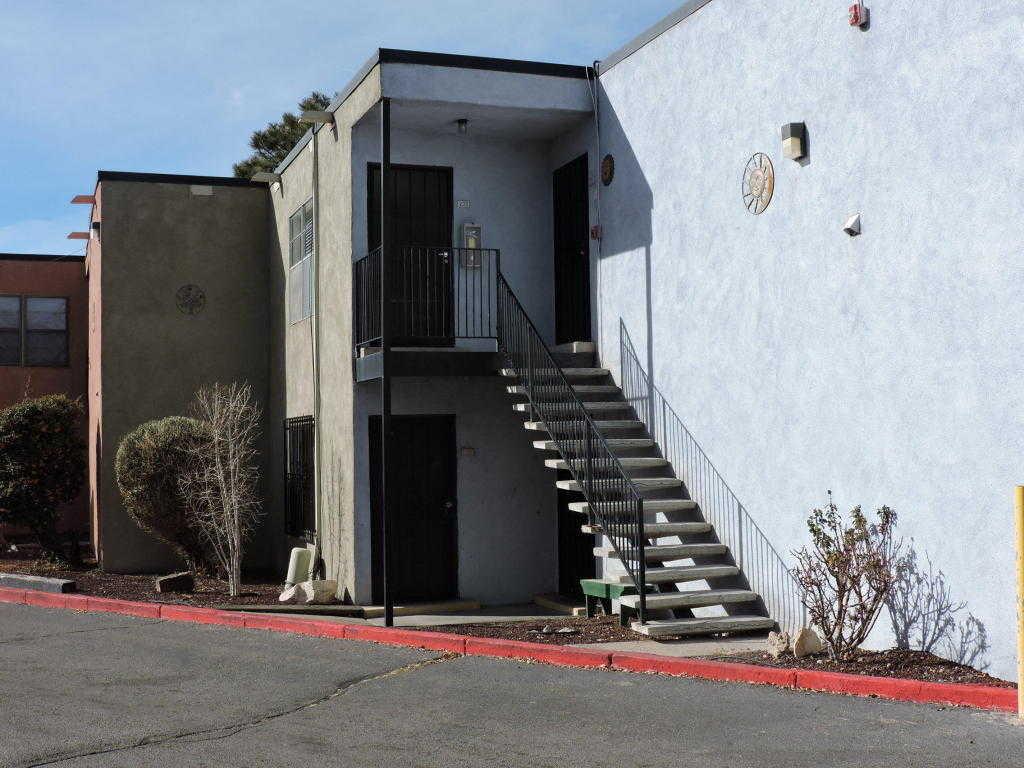 $60,000 - 1Br/1Ba -  for Sale in Eagles Nest Condo, Albuquerque