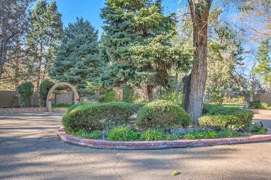 $1,300,000 - 4Br/4Ba -  for Sale in I Los Manzanos Sub, Los Ranchos