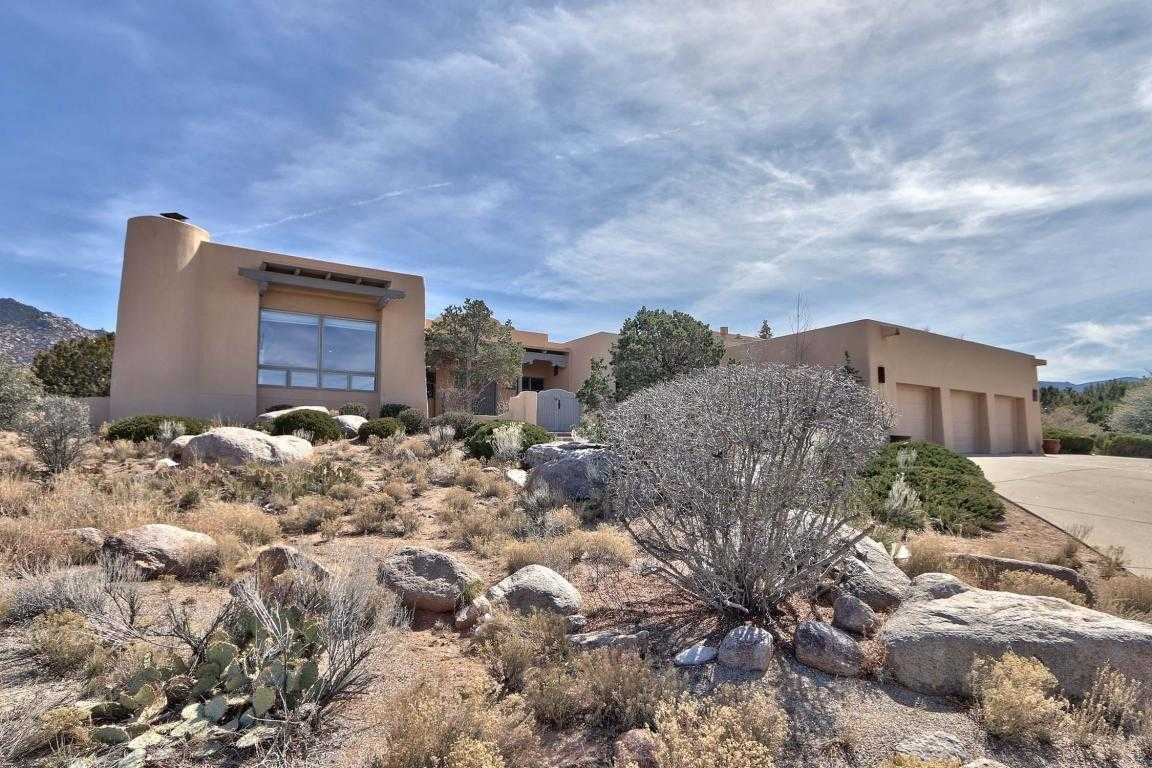 $700,000 - 4Br/3Ba -  for Sale in Sandia Heights, Albuquerque