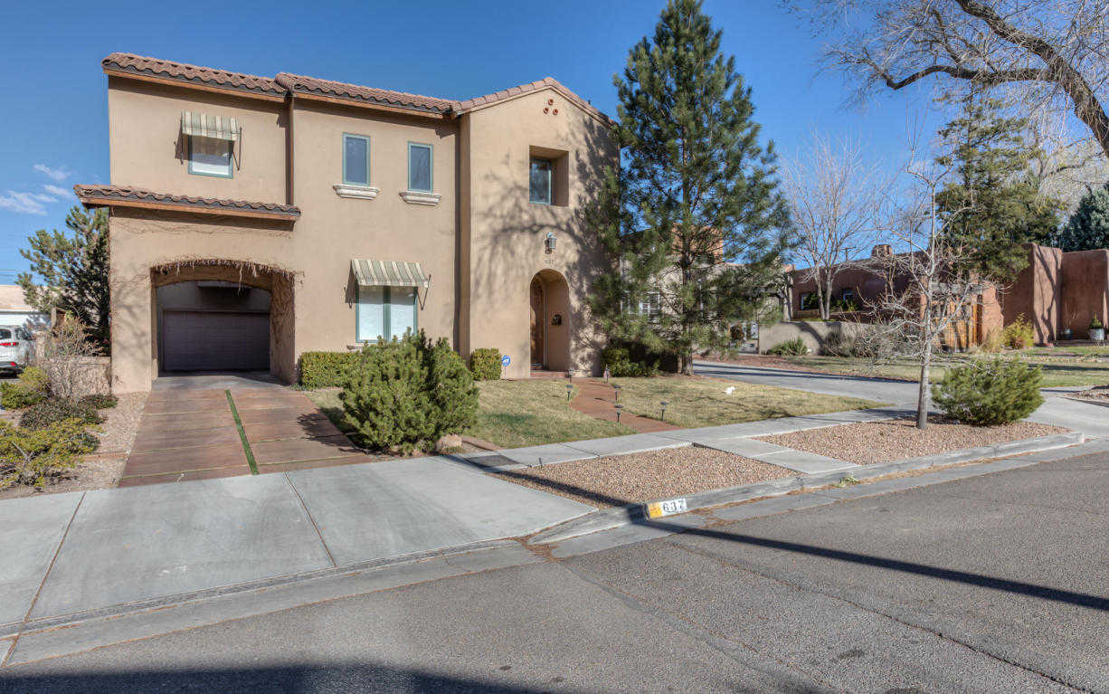 $675,000 - 3Br/3Ba -  for Sale in Country Club Add, Albuquerque